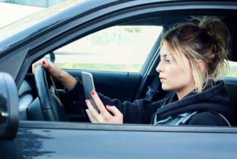 distracted driving accident attorney Alberta 1